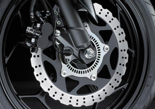 Roda Kawasaki Z300 na Moto Flecha