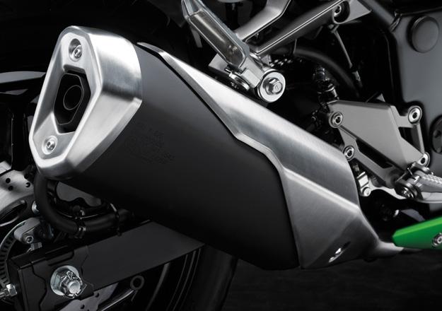 Carburador Kawasaki Z300 na Moto Flecha