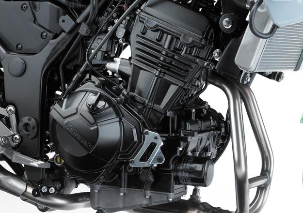 Detalhes Asento Kawasaki NINJA 300 na Moto Flecha